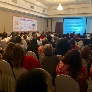 Dr. Roberto Caraballo addressing families of children with epilepsy. San Salvador, El Salvador
